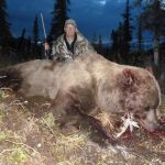 Large Alaska Bear - Hunting with Kelly Vrem