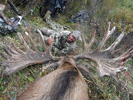 alaska_moose_hunt_wrangell_mountains
